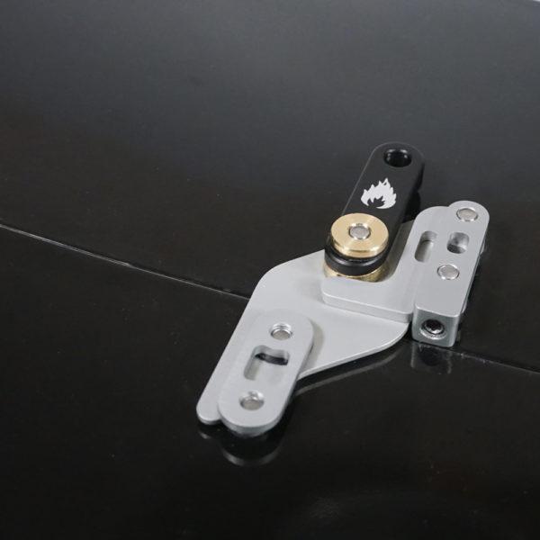 Crossbar-clips-locked